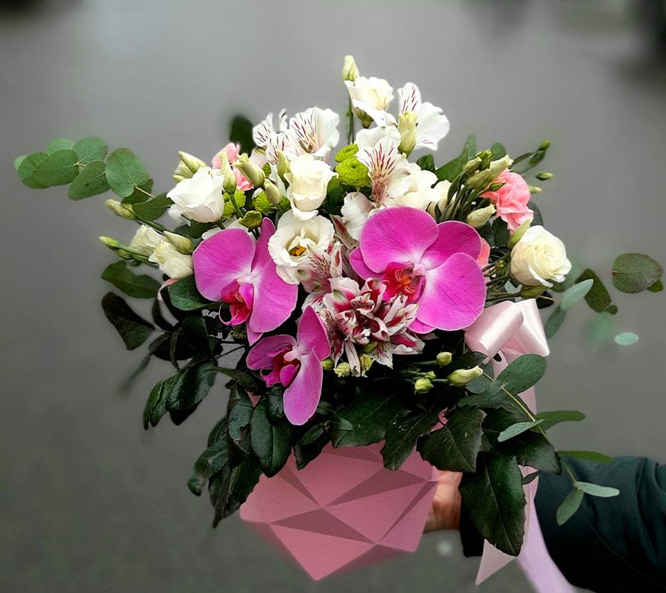 коробка з орхідеями | flower-power.rv.ua