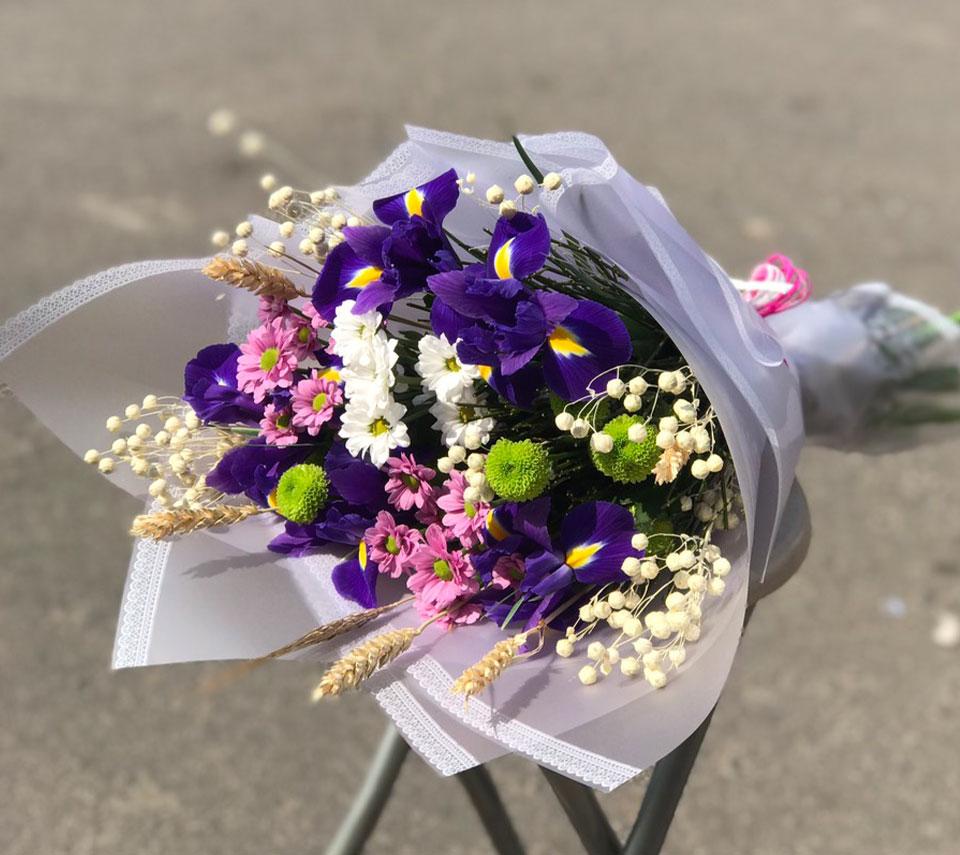 різноманітний букет | flower-power.rv.ua