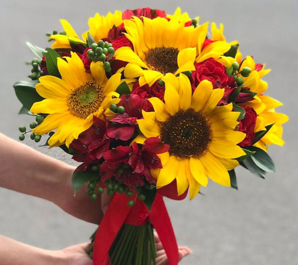 весільний букет із соняшників | flower-power.rv.ua